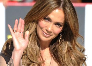 American Idol loses Jennifer Lopez heading into season 12.