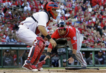 The Nationals vs Cardinals MLB game 3 is streaming live online.