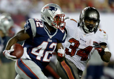 NFL preseason football games are streaming live online.